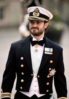 All Aboard the Royal Train, the Queen and Meghan Markle Are Having a Sleepover Princess Sofia Of Sweden, Prince And Princess, Prince Harry, Prinz Carl Philip, Hot Country Boys, Handsome Prince, Swedish Royals, Actrices Hollywood, British Monarchy
