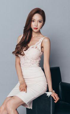 "korean-dreams-girls: "" Park SooYeon - April 2016 Set [Part "" Park Soo Yeon, Korean Model, Office Fashion, Beautiful Asian Girls, Her Style, Pretty Woman, Asian Beauty, Sexy Women, Formal Dresses"