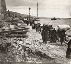 After the Great Fire of 1917 - the fire burned for 32 hours, destroying two-thirds of Thessalonki. Native American History, British History, American Civil War, Women's History, Thessaloniki, Old Pictures, Old Photos, Greece History, Reggio Calabria