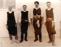 MOXOΣ - ΗΡΑΚΛΕΙΟΥ - ΚΡΗΤΗ...mochos...Moxος: Λεβεντάνθρωποι...Μοχιανοί Πρωτοχορευτές…..Λούκας….Μενέλαος…Πρίτσιπας…Μηνάς του Σαλούστρο 1965