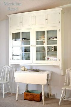 remade cabinet given a new lease on life (and a pretty pretty life at that) road. Would make a great craft/sewing cabinet! Painted Furniture, Diy Furniture, Piece A Vivre, Furniture Inspiration, Country Decor, Rustic Decor, Cottage Chic, Table And Chairs, Built Ins