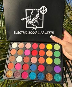 Discover these makeup brushes Advert# 4177 palette Makeup Eyeshadow Palette, Skin Makeup, Makeup Brushes, Beauty Makeup, Hair Beauty, Makeup Goals, Makeup Inspo, Makeup Inspiration, Make Up Palette