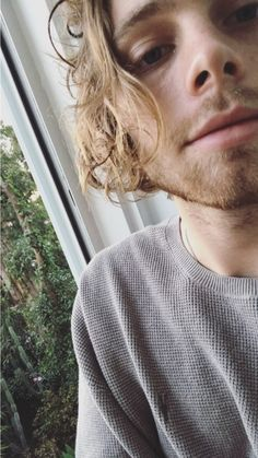 |fc: luke hemmings| Luke Hemmings. A twenty two year old guy. He loves to party and sing. He also loves to play guitar. Luke is in a band and he loves it.