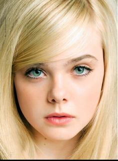 Eaken Cooper , pretty make up Elle Fanning photographed by Tesh for Marie Claire, July 2011 Dakota Fanning, Ellie Fanning, Pretty People, Beautiful People, Fanning Sisters, Gwyneth Paltrow, Celebs, Celebrities, Beautiful Eyes