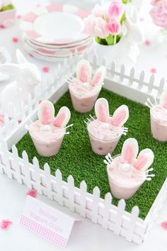 Create adorable Easter Bunny Yogurt Cups with your family this year. Just watch the easy tutorial video to make your own Bunny Yogurt Cups! Easter Bunny Cake, Bunny Party, Bunny Birthday, Easter Party, Easter Gift, 1st Birthday Parties, Easter Crafts, Easter Bunny Tracks, Bunny Crafts