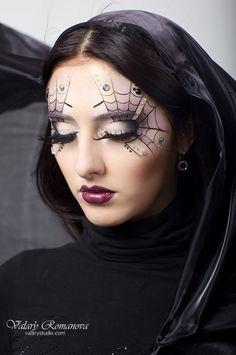 Make-Up Artist spider web