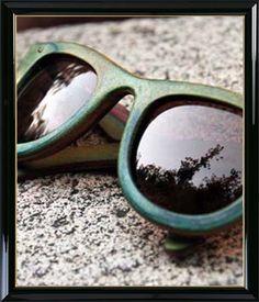 Óculos velho? #wood #sunglass #oculos #madeira #style #fashion #moda #estilo #benditablog #benditainspiracao