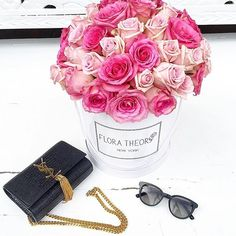Mother's Day is around the corner. Don't miss out, order this beautiful bouquet now ❣#FloraTheory #flowerbox #50roses #pinkroses #flowerpower #mothersday