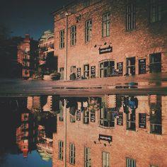 upside down. 🔃 . . #wicked flip #puddlegram #göteborg #gothenburg #igersgothenburg #westcoast sweden