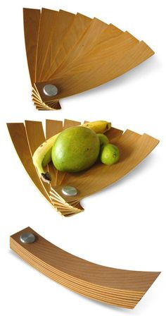 Foldable fruit bowl by Stanislav Katz foldable from CRIBCANDY - a gallery of hand picked houshold and interior design items from magazines and webogs, every day Smart Design, Creative Design, Modern Fruit Bowl, Wood Projects, Woodworking Projects, Bowl Designs, Wood Design, Wood Art, Industrial Design