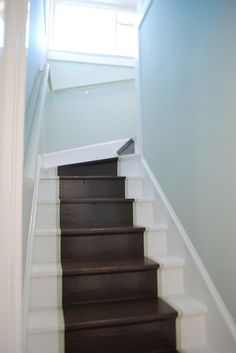 everything LEB: Gussied Up Entry painted stairs