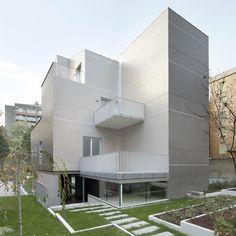 Galería de Edificio residencial en via Bellincione / DAP Studio - 8