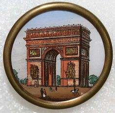 1880s French porcelain button