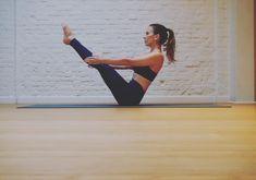 Comment perdre du ventre avec le yoga? - Cosmopolitan.fr