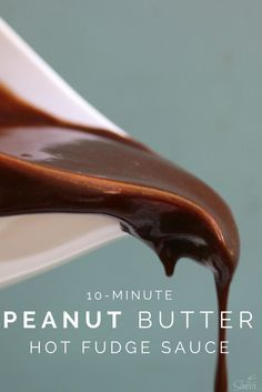Peanut Butter Hot Fudge Sauce is literally so amazing, incredible, indescribable…seriously I can't think of any words to tell you just how good it is. Peanut Butter Sauce, Peanut Butter Recipes, Chocolate Peanut Butter, Steak Butter, Chocolate Tarts, Chocolate Fudge, Frozen Desserts, Just Desserts, Frozen Treats