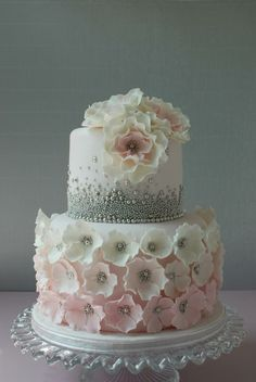 www.cakecoachonline.com - sharing....Vavi's Cakes and Cupcakes