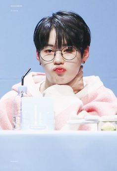 Wanna One Ha Sungwoon Produce 101, Jinyoung, Thing 1, My Destiny, Kim Jaehwan, Ha Sungwoon, Cute Gay, Seong, 3 In One