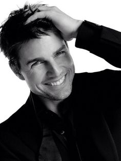 Tom Cruise....My ALL TIME actor crush <3
