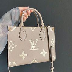Luis Vuitton Backpack, Vuitton Bag, Louis Vuitton Handbags, Louis Backpack, Luxury Purses, Luxury Bags, Luxury Handbags, Chanel Purse, Chanel Bags
