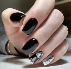 Beautiful Acrylic Short Square Nails Design For French Manicure Nails - Styles Art Cute Summer Nail Designs, Black Nail Designs, Acrylic Nail Designs, Nail Art Designs, Nails Design, Cute Nails, Pretty Nails, My Nails, Fall Nails