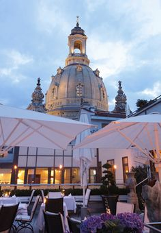 5 Star Luxury Hotel in Dresden next to the Church of our Lady (Frauenkirche)