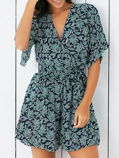 V Neck Leaf Print Cropped Blouse With Shorts GREEN: Two-Piece Outfits | ZAFUL