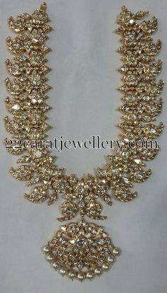 Jewellery Designs: Sparkling Diamond Mango Necklace