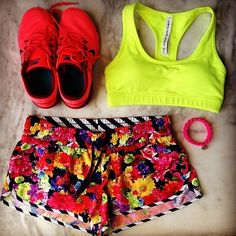 Neon to make a very bright Christmas :p #ljfitlist #lornajane