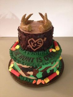 Hunting theme bridal shower cake