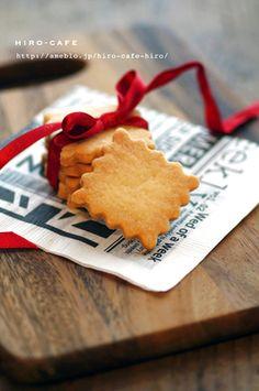 卵無し小麦無し!米粉のクッキー☆ by 高橋ヒロ(hiro) 「写真がきれい」×「つくりやすい」×「美味しい」お料理と出会えるレシピサイト「Nadia | ナディア」プロの料理を無料で検索。実用的な節約簡単レシピからおもてなしレシピまで。有名レシピブロガーの料理動画も満載!お気に入りのレシピが保存できるSNS。