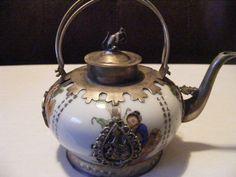 Chinese Porcelain Teapot Immortals Squirrel Frog Bats