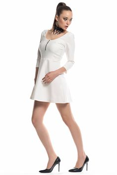İroni Ön Fermuarlı Beyaz Mini Elbise