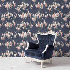 Wisteria in Midnight Mint Floral Wallpaper By Woodchip & Magnolia Teal Orange Wallpaper, Black Floral Wallpaper, Mint Wallpaper, Blue Wallpapers, Lowes Wallpaper, Wallpaper Samples, Tree Leaf Wallpaper, Pearl Lowe, Eclectic Design