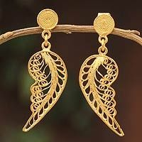 'Angel Wings' gold vermeil filigree dangle from the Andes Filigree Jewelry, Silver Filigree, 925 Silver, Gold Jewelry, Silver Rings, Sterling Silver, Eye For Beauty, Gold Angel Wings, Metal Working