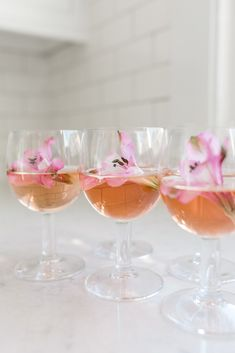 The Wedding Registry Items You Need To Be The Best Host Ever With Macy's - Belle The Magazine - Coffee Creative Photography | What must haves wedding gifts for your home you need on your bridal registry and store ideas | wine cups with rose and pink flowers #ad #weddingregistry #bridalregistry #weddinggifts