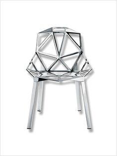 (prix neuf estimé)      Design par Konstantin Grcic.