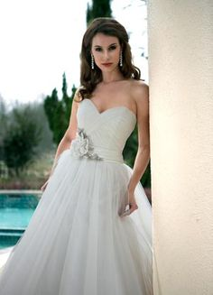 Wedding Gown  Da Vinci 8445  http://www.davincibridal.com/collections.php?cat=22=8#