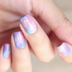 Galaxy Nails✨✨✨ You can search some tutorials from internet. It's quite simple than imagined… just know how to use sponge to put the polish on nails, have a try Bridal Nails, Wedding Nails, Pink Nails, Gel Nails, Polish Nails, Gradient Nails, Acrylic Nails, Sponge Nails, Kawaii Nail Art