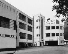Daimler Hire Garage 9 Herbrand Street, London, England Wallis Gilbert & Partners 1931