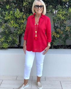 An everyday casual chic look! ❤️❤️❤️ We can't stress enough how comfortable these white ankle length pants are. A great basic for every wardrobe 💫 Red Linen Shirt: (current) White Ankle Length Pants: (current) Necklace & Earrings: . Over 60 Fashion, Over 50 Womens Fashion, Fashion Over 50, Cool Outfits, Casual Outfits, Fashion Outfits, Fashion Trends, Look Chic, Classy Dress