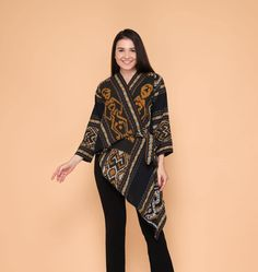 Batik Blazer, Blouse Batik, Batik Dress, Blouse Dress, Kimono, Batik Fashion, Hijab Fashion, Fashion Dresses, Blouse Models