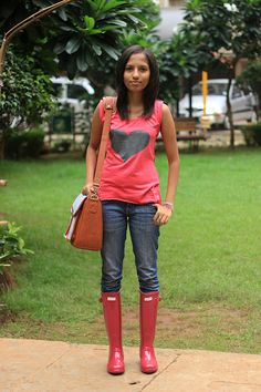 Blue Skies, Calm Seas & Me: Monsoon Style in Mumbai {outfit} featuring @Golmaal Stores @Lee Jeans @Hunter Boots @Jo Totes