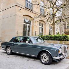 A wonderful Rolls-Royce Corniche Coupe Auto Rolls Royce, Voiture Rolls Royce, Rolls Royce Black, Rolls Royce Limousine, Classic Rolls Royce, Bentley Rolls Royce, Rolls Royce Silver Shadow, Classic Cars British, Best Classic Cars
