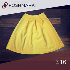 Yellow all season skirt Flirty and cute, this skirt can travel with you through the seasons! A perfect piece to throw on and go! Skirts A-Line or Full