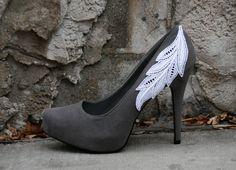 Grey Heel With Venise Lace Applique