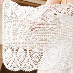 2016 ~ Whip up a Light Lace Bridal Shawl. Out of all of the crochet shawl patterns, this is the ideal wedding piece due to it's elegance and understated beauty. This crochet pattern will fit right in with your other spring wedding ideas. Crochet Scarf Easy, Crochet Coat, Crochet Shawls And Wraps, Crochet Scarves, Diy Crochet, Crochet Clothes, Bridal Shawl, Bridal Lace, Wedding Shawl