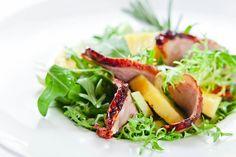 Długi weekend trwa! Wykorzystaj wolne dni i koniecznie wpadnij do nas z bliskimi na wyśmienity lunch w Garden Restaurant! Weekend is here! Enjoy your free time during family lunch at Garden Restaurant!