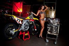 Silva is searching for the right exhaust system for her Suzuki RMZ450