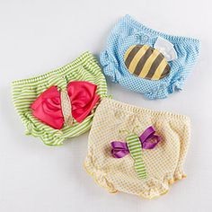 We love things with wings! Think how adorable that new little angel (did someone say wings?) will look with a big, beautiful, bumblebee on the bum. These bee-utiful covers will definitely create some buzz among the diaper generation!  http://timelesstreasure.theaspenshops.com/buzzin-baby-bloomers.html