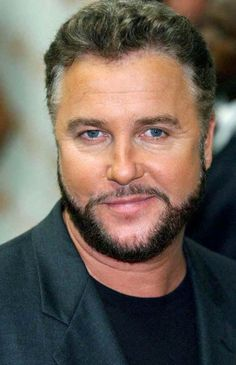"""William Petersen, actor and producer, best known for playing Dr. Gilbert """"Gil"""" Grissom on the hit CBS series CSI: Las Vegas. Criminal Minds, Chicago Fire, Csi Crime Scene Investigation, Mejores Series Tv, Las Vegas, Les Experts, Cinema Tv, Who People, Thing 1"""